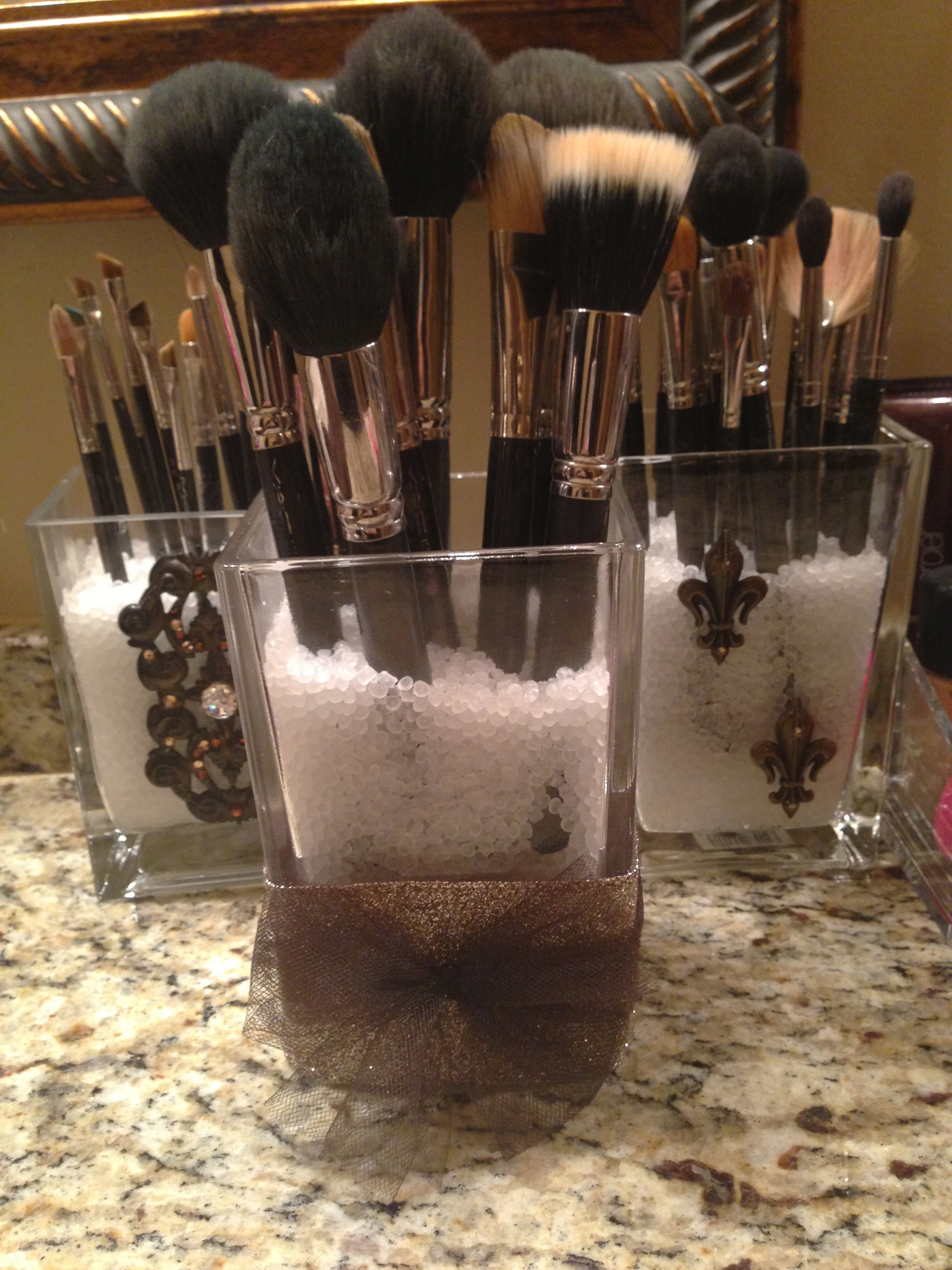 ... loveleighbeauty-DIY makeupbrush holder & DIY Makeup Brush Holders u2013 Loveleigh Beauty