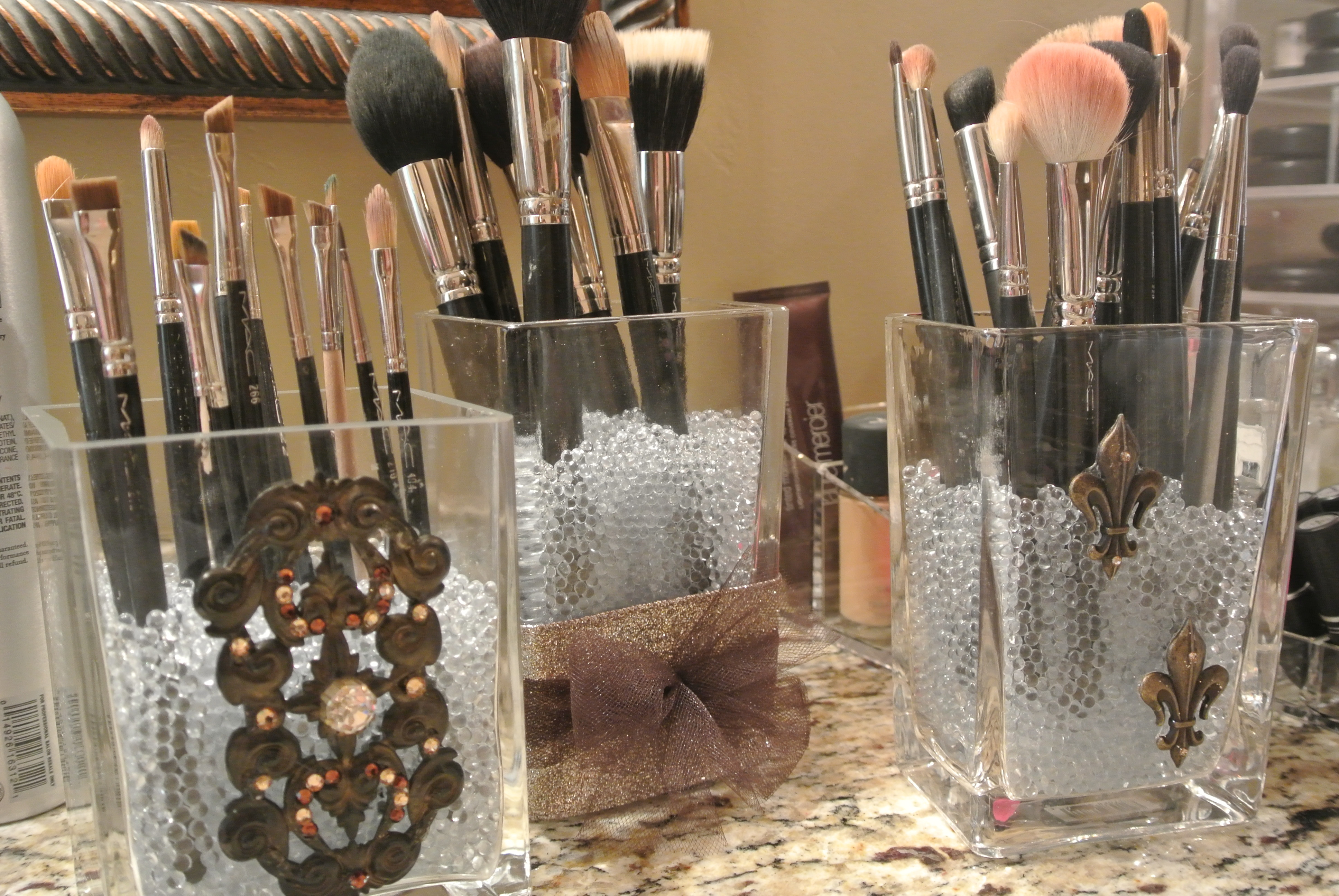 & DIY Makeup Brush Holders u2013 Loveleigh Beauty