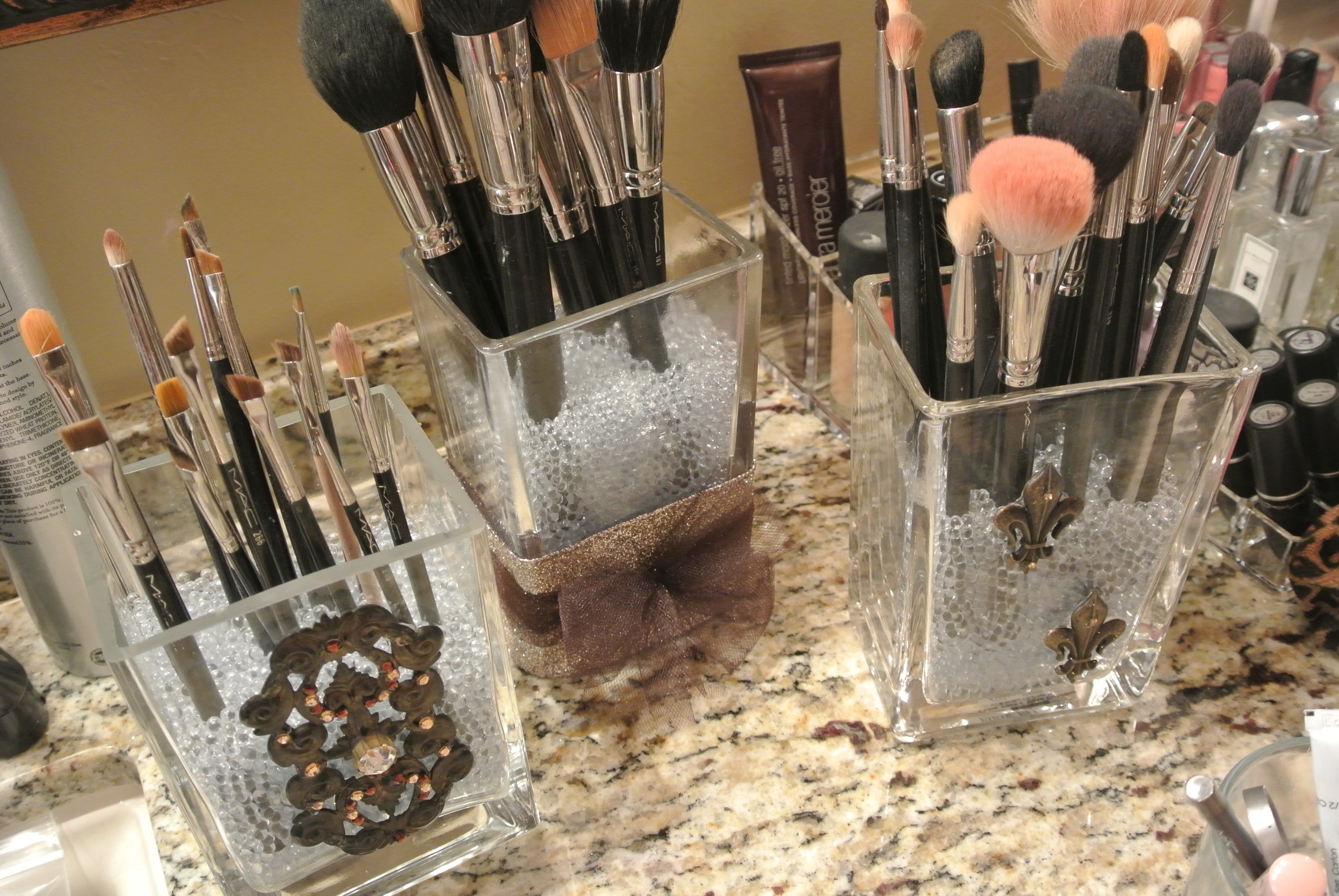 loveleighbeauty-DIY-makeup brushholder-2 · loveleighbeauty-DIY-makeup brush holder & DIY Makeup Brush Holders u2013 Loveleigh Beauty